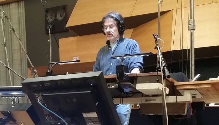 JAMES HORNER ENREGISTRE THE 33 !